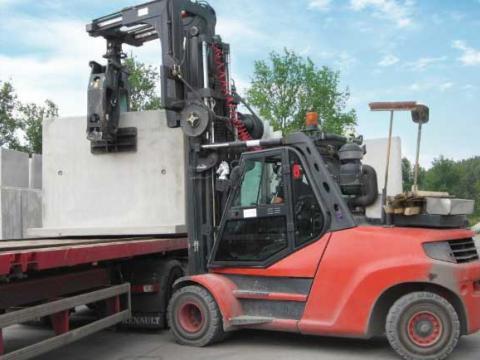 Transport van betonelementen