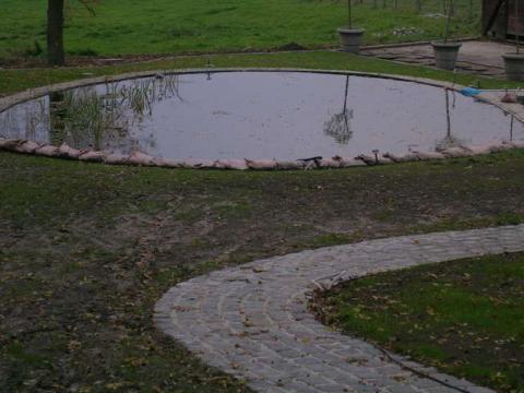 betonwanden zwemvijver